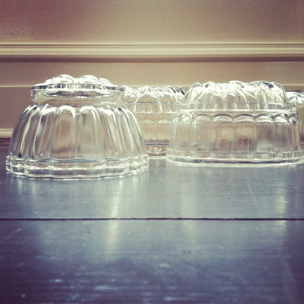 vintage jelly moulds Wibble wobble... how to make vintage jelly in glass moulds