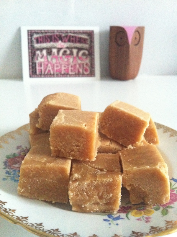 IMG 7143 Life is sweet (or how to make Scottish tablet... the most sugary sweet thing ever)