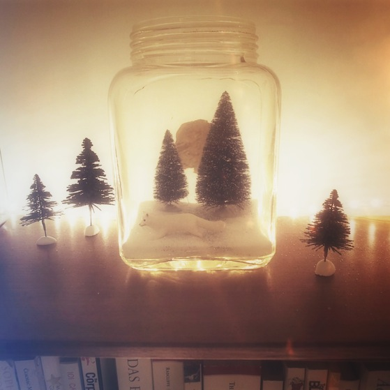 photo 46 Christmas is coming... my tiny terrariums and giant paper snow balls