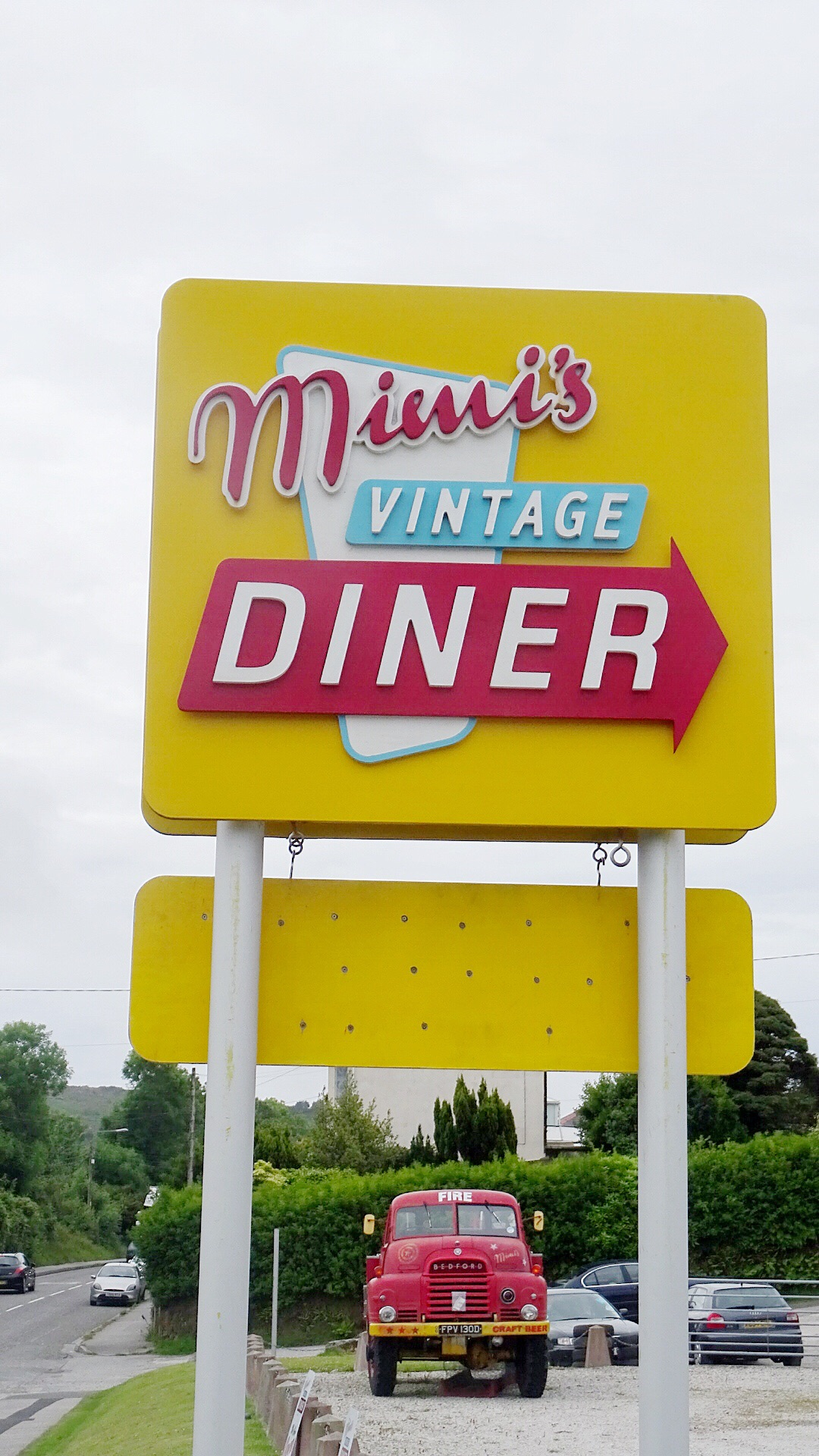 Eat at Mimis vintage diner in Cornwall | Conversation Pieces